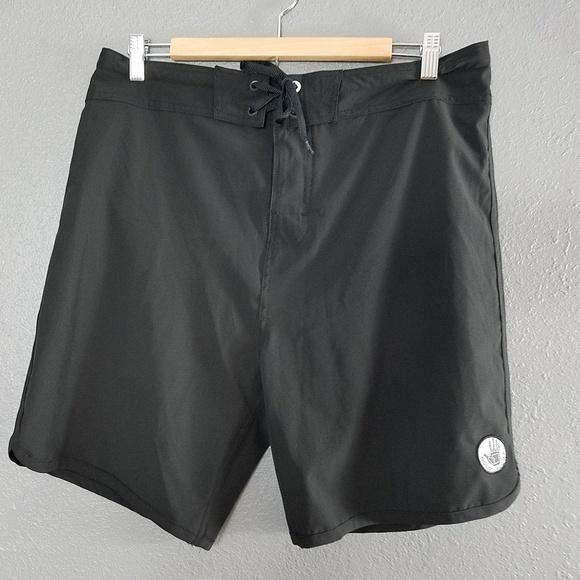 136a42c2313e5 Body Glove Other - Body Glove Mens Swim Trunks Boardshorts 34 Black